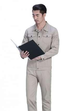 夹克工作服让人感受到时尚美观的撞击
